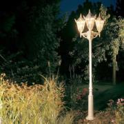 Lampemast 756 W i herregårdsstil med tre lys