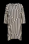 Kjole Nitassa Dress